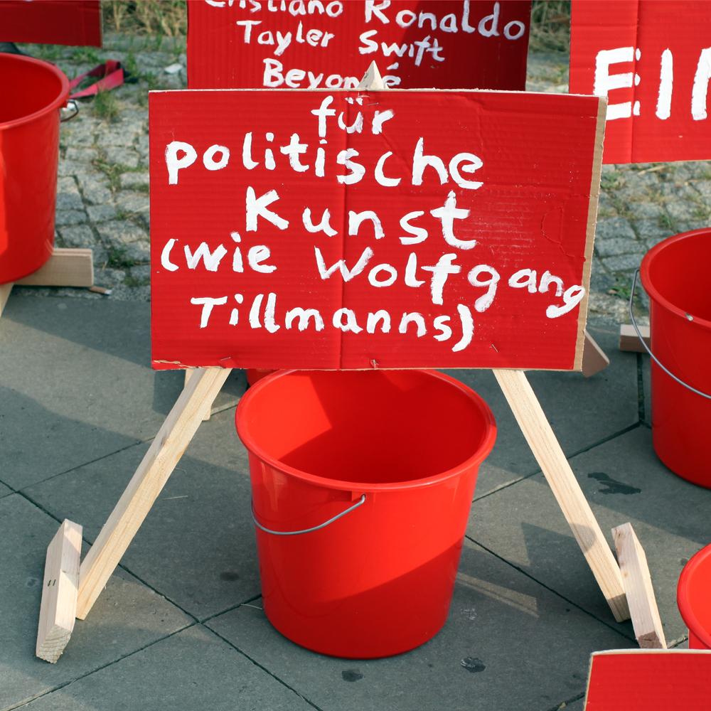 geld fuer politische kunst wie wolfgang tillmanns abcberlin deinGELD