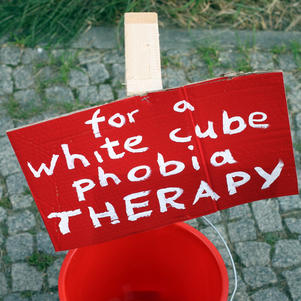 monny fora white cube pobia therapy abcberlin deinGELD