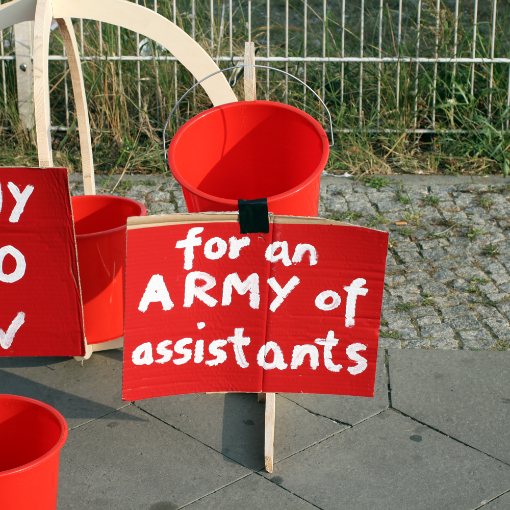 mony for an army of assistants abcberlin deinGELD